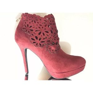 Suede Stiletto Heel Ankle Boot Close Toe Laser Cut